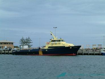 30m Crewboat
